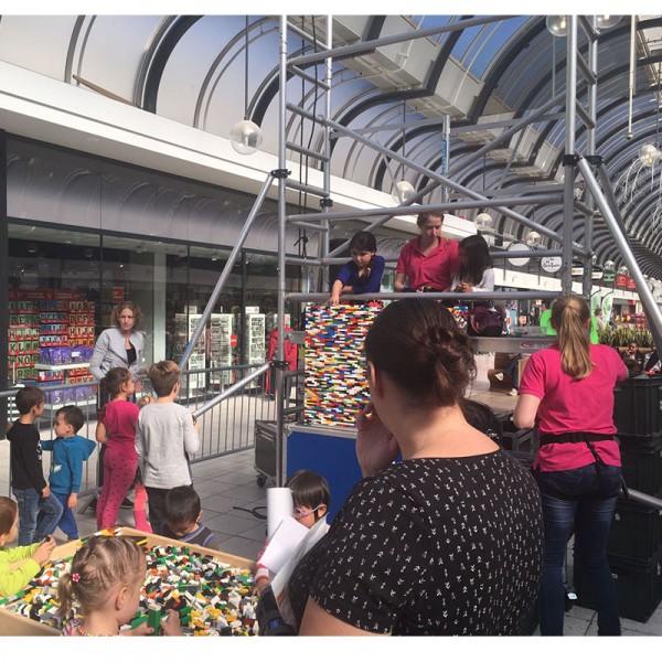 Kinderentertainment inhuren, winkelcentrum promotie, boekingskantoor, mobiele kids acts, entertainmentbureau, workshops voor kinderen, bouwen met lego