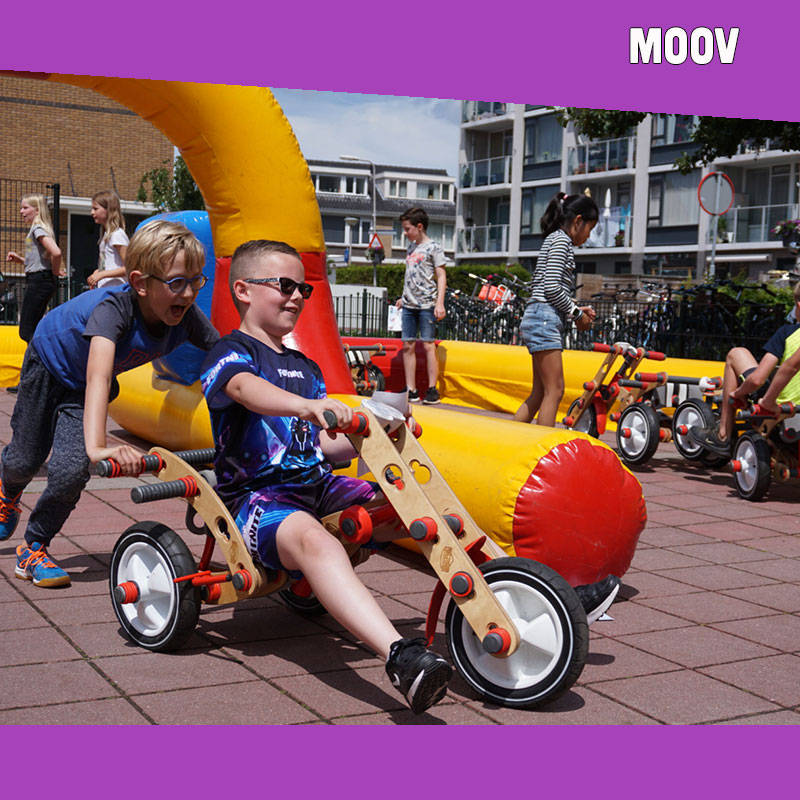 Kinderentertainment inhuren, winkelcentrum promotie, boekingskantoor, mobiele kids acts, entertainmentbureau, workshops voor kinderen, Moov